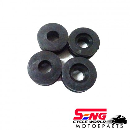 LC135 NEW TAIL LAMP RUBBER GROMMET SET